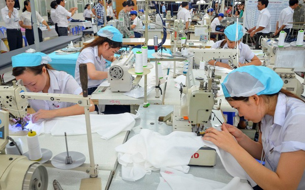 Nhà máy may mặc Việt Úc